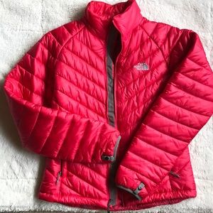 NORTH FACE PUFFY JACKET IN PINK (like new ✨)
